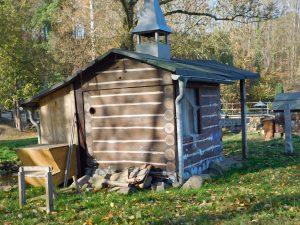 Hütte vom Waldmenschen Öff Öff